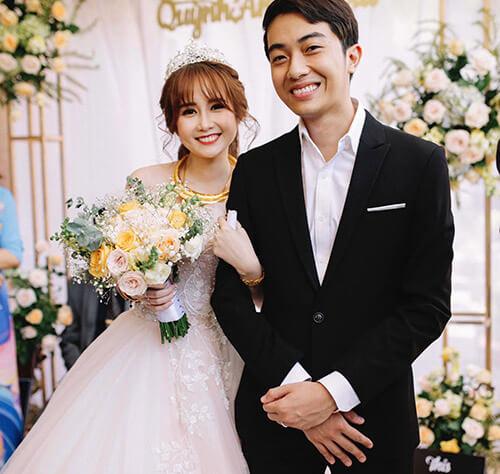 Vợ của Cris Phan
