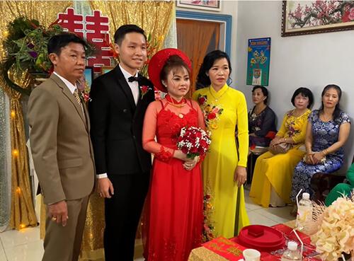 Đám cưới anh Slenderman và vợ