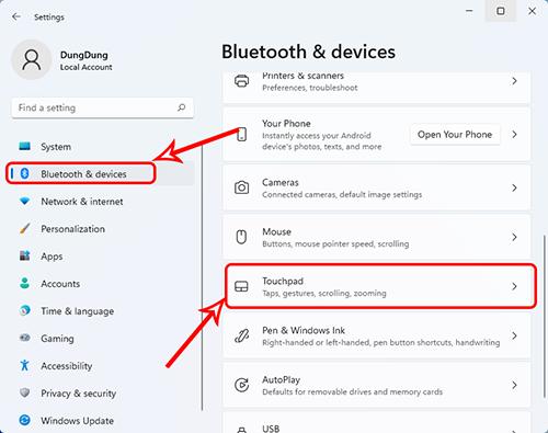 Truy cập cập cài đặt touchpad trong thẻ Bluetooth &devices